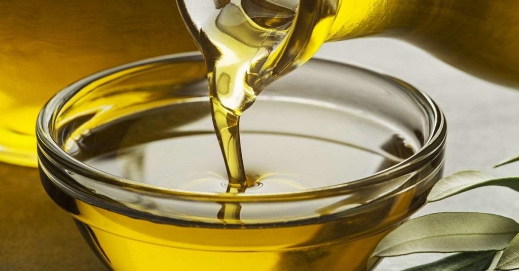 Mit Öl Kaugummi entfernen