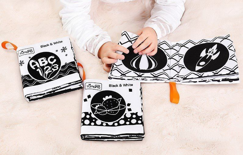 wasserdichte schwarze und weiße Stoffbücher